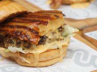 B&B Burgers and Brewskies